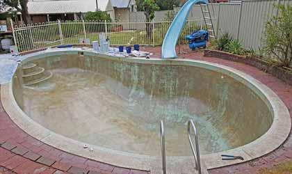 Hồ bơi trước sửa chữa