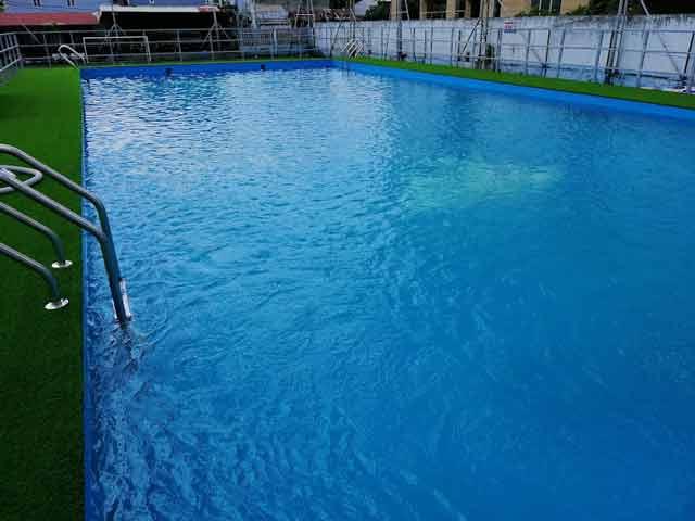 Hoàn thành hồ bơi composite