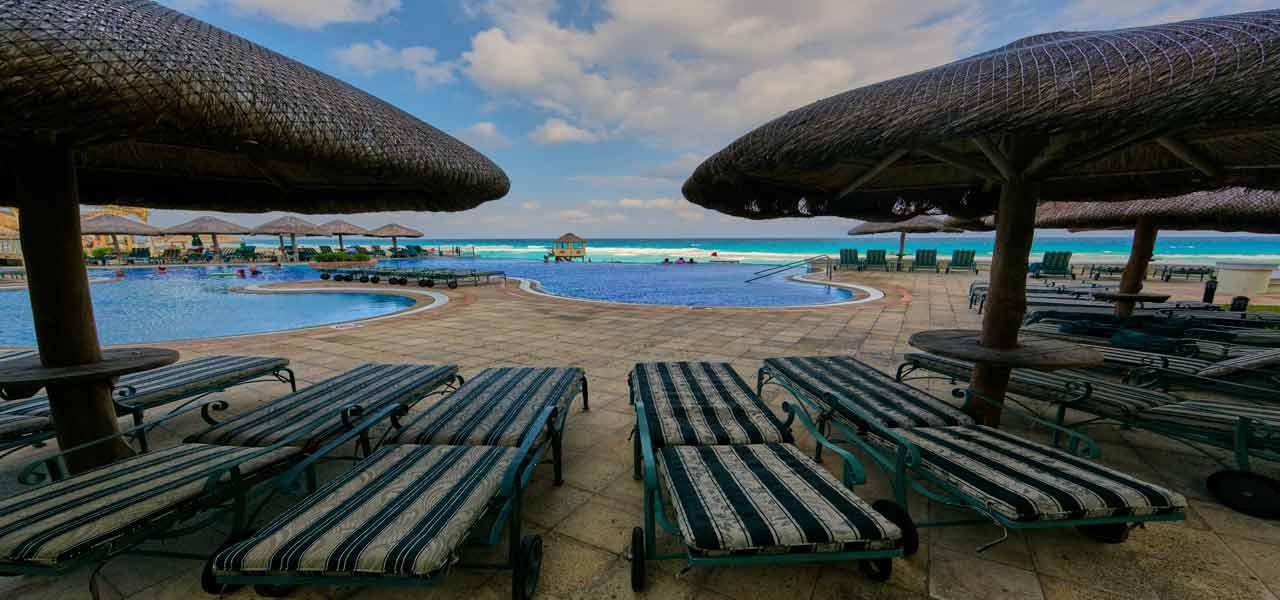 Ngoại thất hồ bơi - Cửa hàng hồ bơi Sài gòn