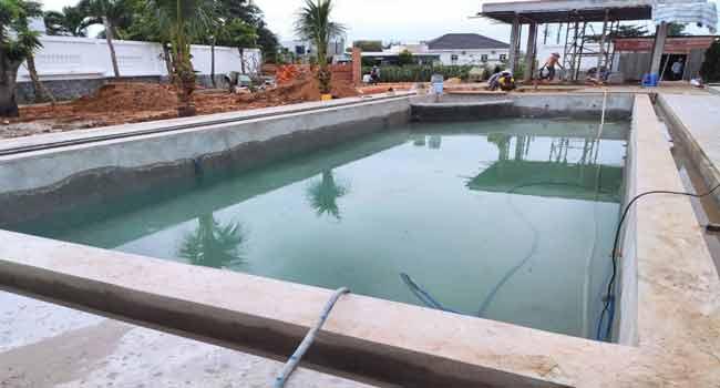 Thử nước hồ bơi - Chống thấm